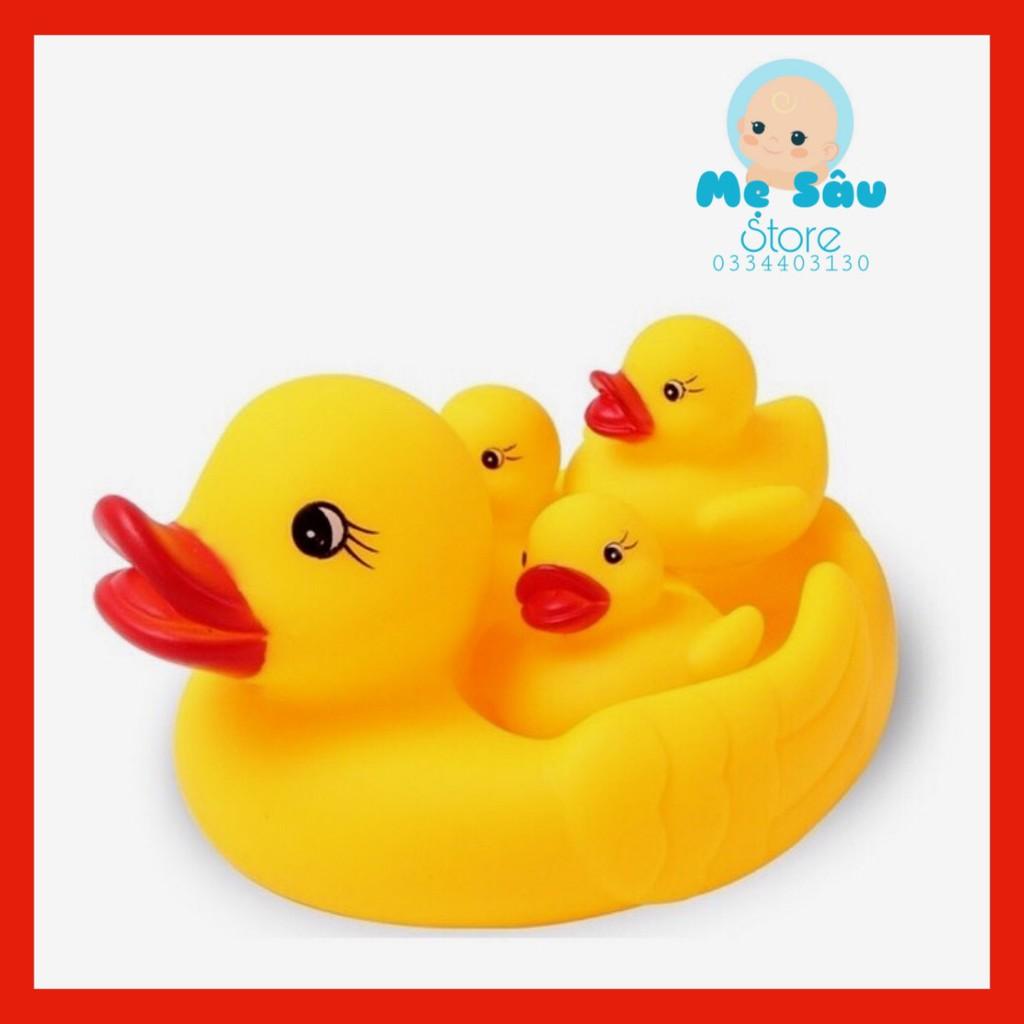 Đồ chơi vịt thả bồn tắm bể bơi có tiếng kêu cho bé