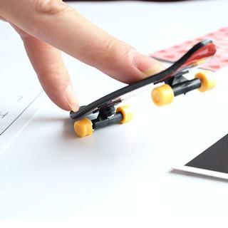 Children's Educational Toys Creative Fingertip Movement Finger board Mini Finger