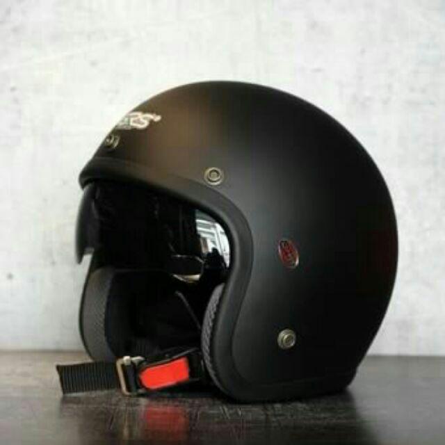 Mũ bảo hiểm 3/4 kính râm GRS A388k (màu đen nhám)