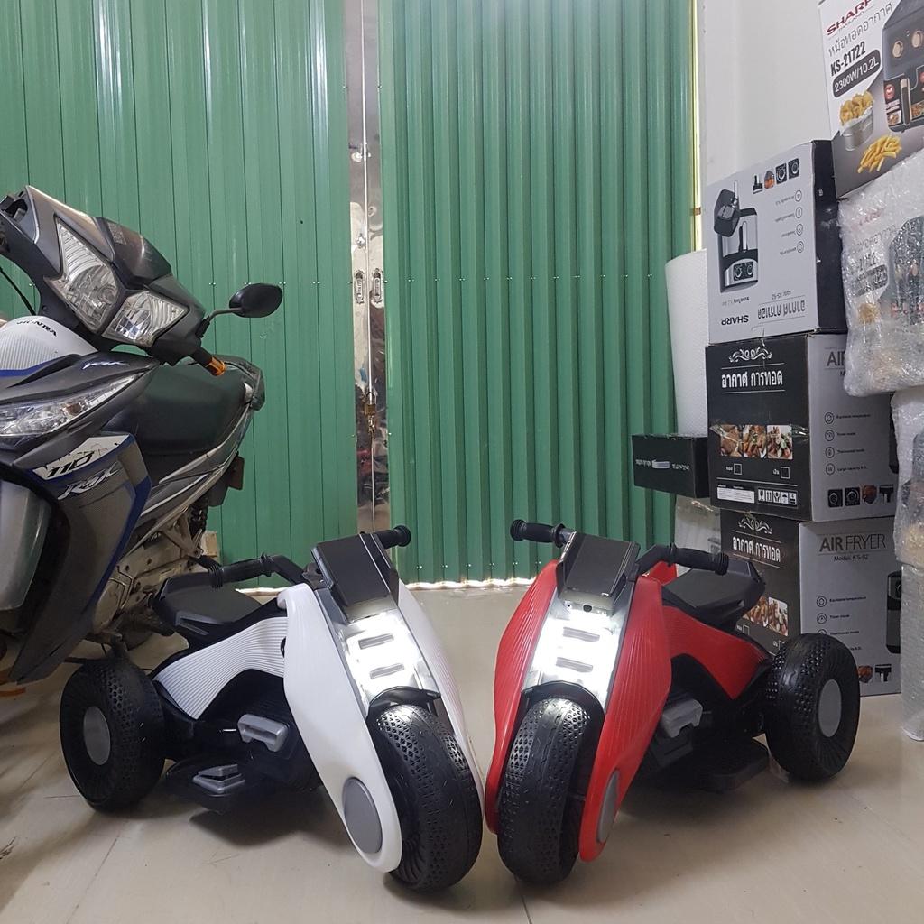 Xe máy điện trẻ em, xe máy điện cho bé phân khối lớn