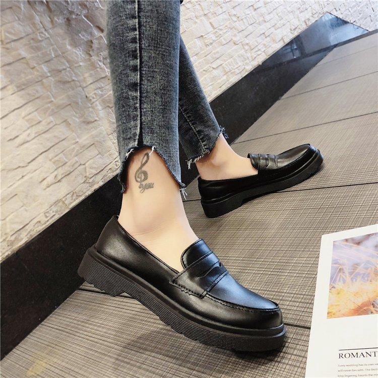 Giày da nữ đế bằng thời trang