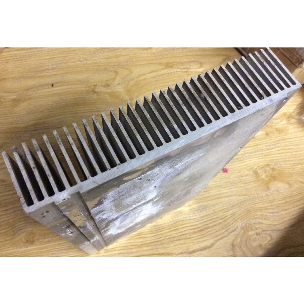 Nhôm tản nhiệt 185mm x 285mm x 40mm tháo máy