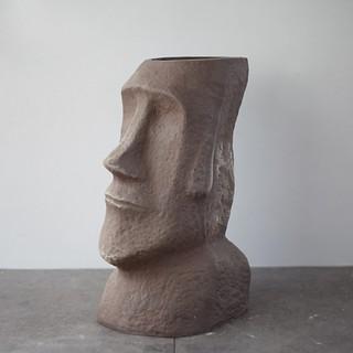 Chậu moai