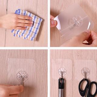 Móc treo đồ bằng nhựa PVC trong suốt 4