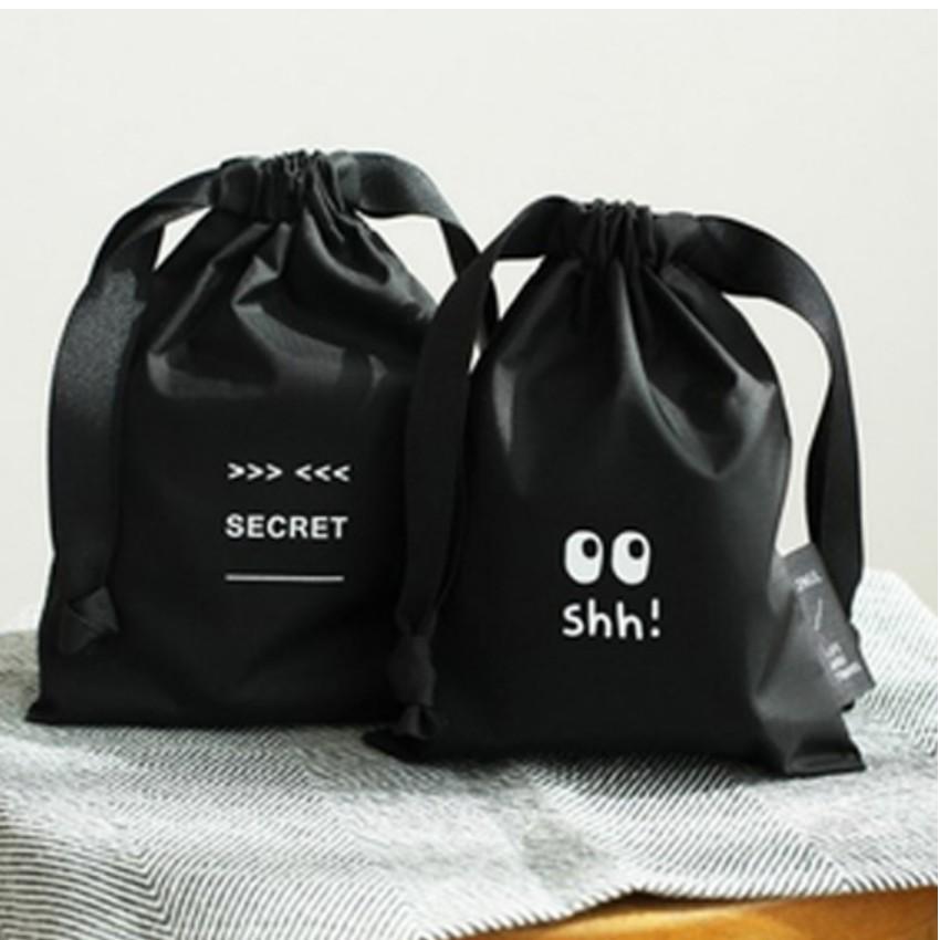 Bộ 2 túi đựng khăn giấy, mỹ phẩm, trang sức tiện dụng an toàn 208122 2 - 3096694 , 473270051 , 322_473270051 , 82000 , Bo-2-tui-dung-khan-giay-my-pham-trang-suc-tien-dung-an-toan-208122-2-322_473270051 , shopee.vn , Bộ 2 túi đựng khăn giấy, mỹ phẩm, trang sức tiện dụng an toàn 208122 2