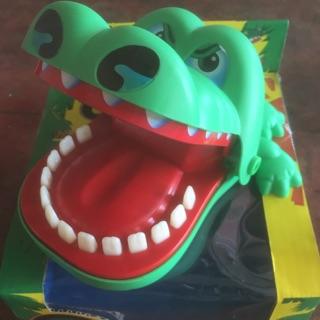 Cá sấu nha sỹ