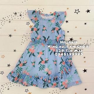 Váy kẻ xanh hoa