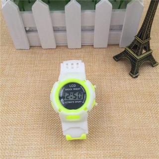 Đồng hồ thời trang trẻ em dây cao su trắng.