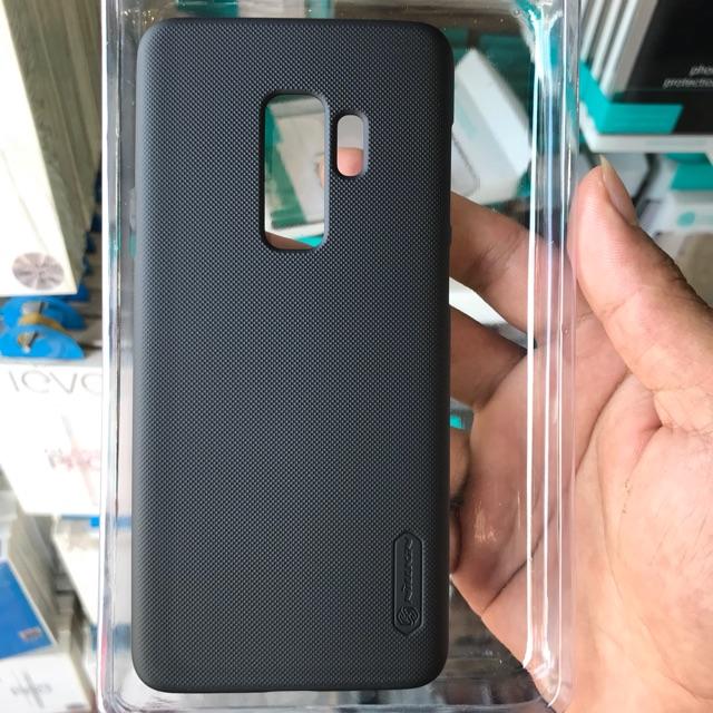 Ốp lưng Samsung s9/S9 plus hiệu nillkin tặng kèm dán chông xước nillkin