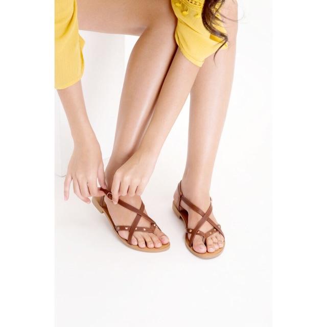 [FREESHIP99K_TOÀN QUỐC] – Giày SANDAL đế bệt xỏ ngón tán đinh -[HÀNG VNXK]_[CÓ ẢNH THẬT]