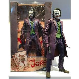 Neca mô hình nhân vật Joker.