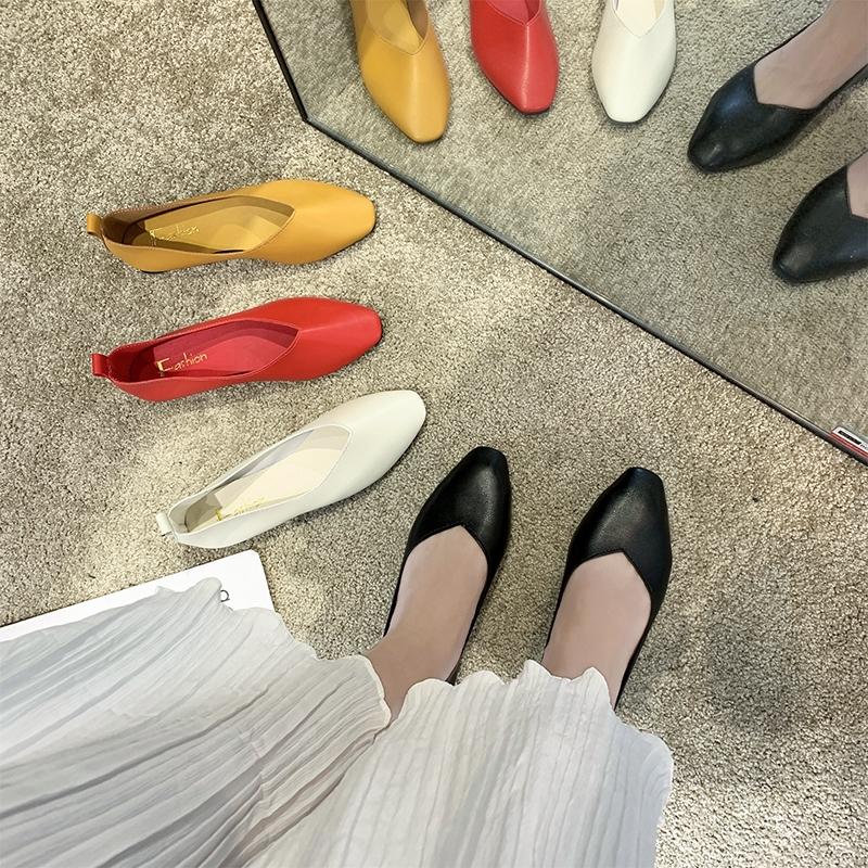 Giày lười mũi vuông đế bằng cho nữ