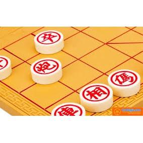 Cờ Tướng có hộp nhựa kiêm bàn chơi cờ - loại lớn