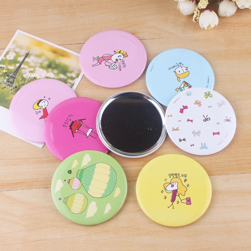 Gương cầm tay mini phong cách Hàn Quốc