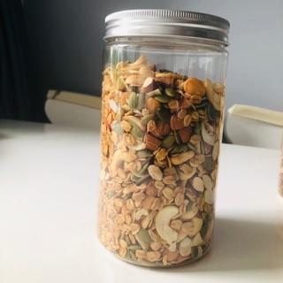 Homemade granola giòn tan – thơm lừng ( có chứa quả khô)