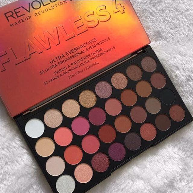 Makeup Revolution Flawless 4 Sho