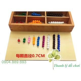 Khay cườm màu, Khay chứa các chuỗi hạt màu – Bead Decanomial with Box – Giáo cụ montessori