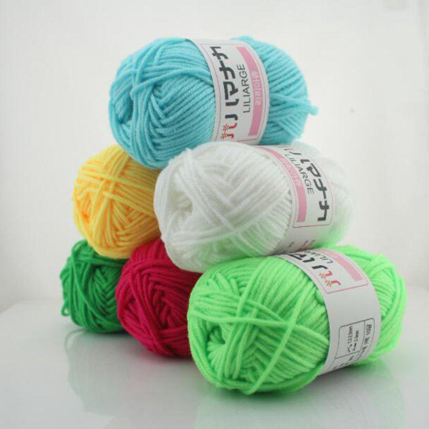 Cuộn len cotton sữa 4 sợi đan móc quần áo nhiều màu tuỳ chọn