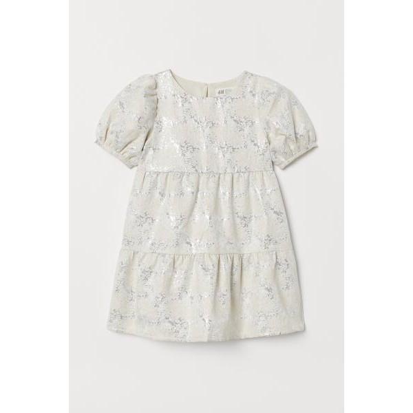 Váy trắng tiểu thư tay bồng, Hờ mờ UK săn SALE