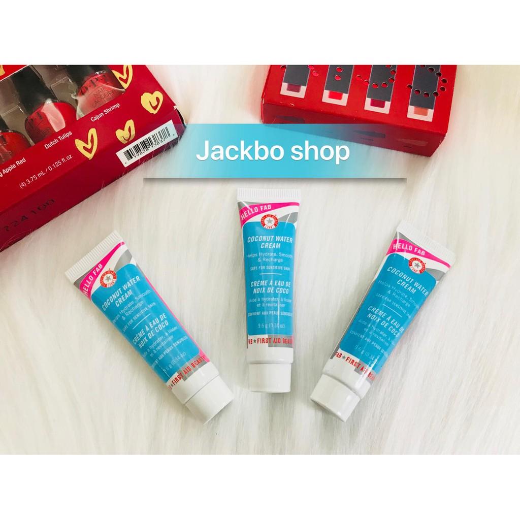(9.6g) Kem dưỡng FIRST AID BEAUTY Hello FAB Coconut Water Cream - 10056759 , 940225619 , 322_940225619 , 180000 , 9.6g-Kem-duong-FIRST-AID-BEAUTY-Hello-FAB-Coconut-Water-Cream-322_940225619 , shopee.vn , (9.6g) Kem dưỡng FIRST AID BEAUTY Hello FAB Coconut Water Cream