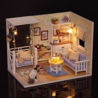 Đồ chơi mô hình nhà gỗ diy Cute Room H-013 Tặng Mica Che Bụi + Keo