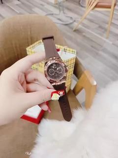 Đồng hồ gu.e.ss nữ dây silicon bền đẹp, thiết kế sang trọng, trẻ trung, chống nước bảo hành 12 tháng