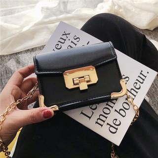Small bag female 2019 new tide net red mini small black bag Korean version chain wild single shoulder Messenger bag smal