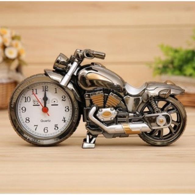 Đồng hồ để bàn kiểu cổ hình xe moto, tàu hoả, kèn, xe hơi và xe đạp - 2505366 , 380446148 , 322_380446148 , 90000 , Dong-ho-de-ban-kieu-co-hinh-xe-moto-tau-hoa-ken-xe-hoi-va-xe-dap-322_380446148 , shopee.vn , Đồng hồ để bàn kiểu cổ hình xe moto, tàu hoả, kèn, xe hơi và xe đạp