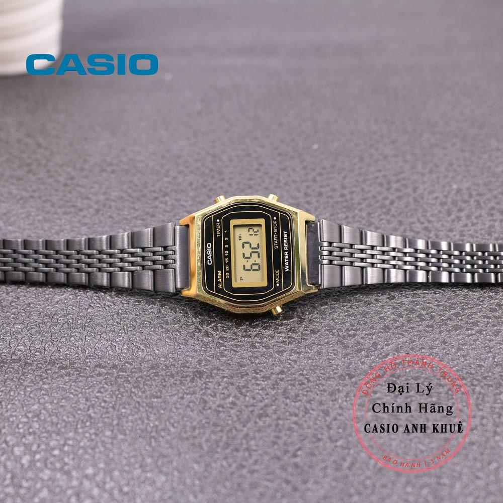 Đồng hồ điện tử nữ Casio LA690WGB-1DF dây kim loại