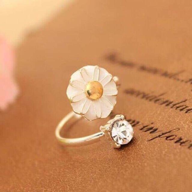 ?Nhẫn hoa mai hột đá - 13850193 , 2148864889 , 322_2148864889 , 9000 , Nhan-hoa-mai-hot-da-322_2148864889 , shopee.vn , ?Nhẫn hoa mai hột đá