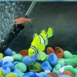 Latest Funny Swim Plastic Toy Fish Paste Aquarium Tank Decor