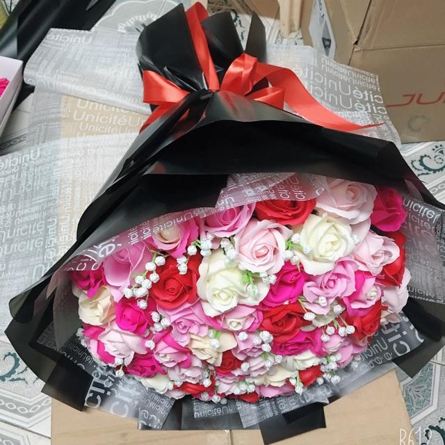 Bó hoa sáp 50 bông mix màu