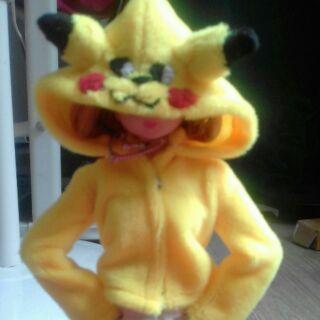 Áo khoát Pikachu , Hello Kitty, Doaremon, be Đào , Totoro , Melody cho búp bê ( KHÔNG kèm búp bê )