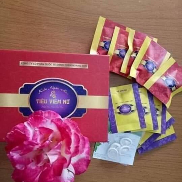 Phụ khoa tiêu viêm nữ gồm 1 hộp đặt và 1 hộp xông rửa