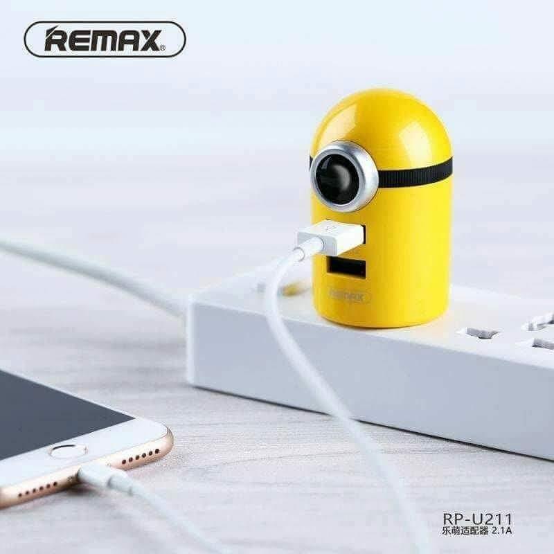 Củ sạc hình Minion đáng yêu Remax 2 Cổng RP-U211