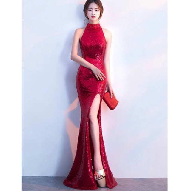 [SIÊU PHẨM] Đầm dạ hội kim sa cổ yếm cực sang chảnh