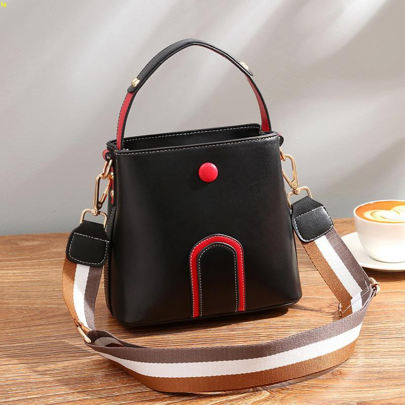 Summer new small bag new 2019 bucket bag senior sense of the ocean shoulder shou