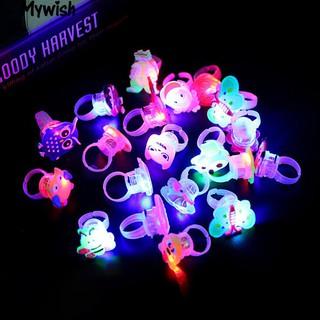 Nhẫn đeo tay gắn đèn LED hình hoa và bướm