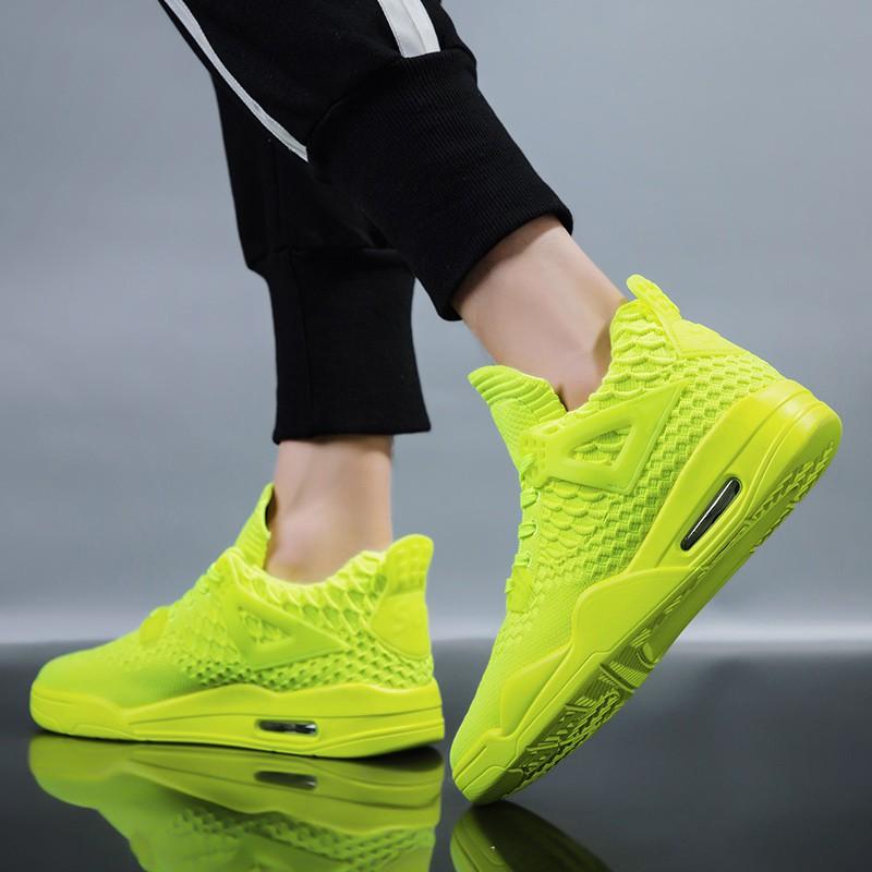 【จัดส่งฟรี】ทอรองเท้ากีฬาเรืองแสงสีเขียวป่าอากาศเบาะลมรองเท้าน้ำรองเท้าตาข่ายสีแดง