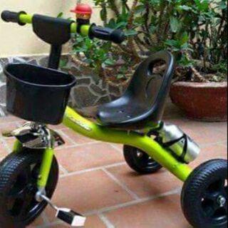 Xe đạp hình nước .