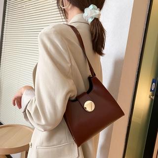 Túi xách đeo chéo thời trang cho các bạn gái