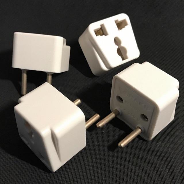 Phích cắm điện chuyển ổ 3 chấu sang 2 chấu
