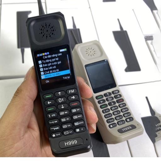 Điện Thoại Bộ Đàm H999 2 sim 2 sóng đèn pin siêu sáng,pin khủng - Bảo hành 12 tháng