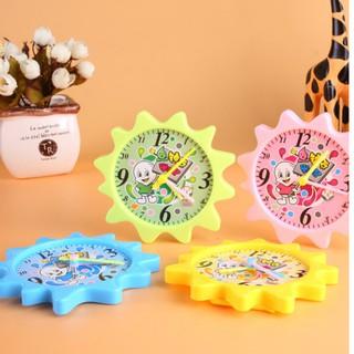 Đồng hồ mô hình, giúp dậy bé về thời gian