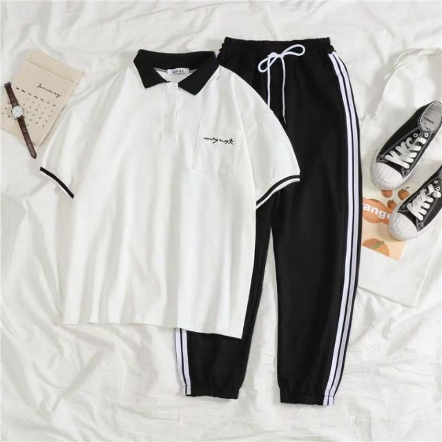 Set áo phông có cổ + quần thể thao có sẵn