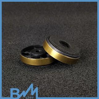Chân loa chân ampli 30mm nhựa ABS