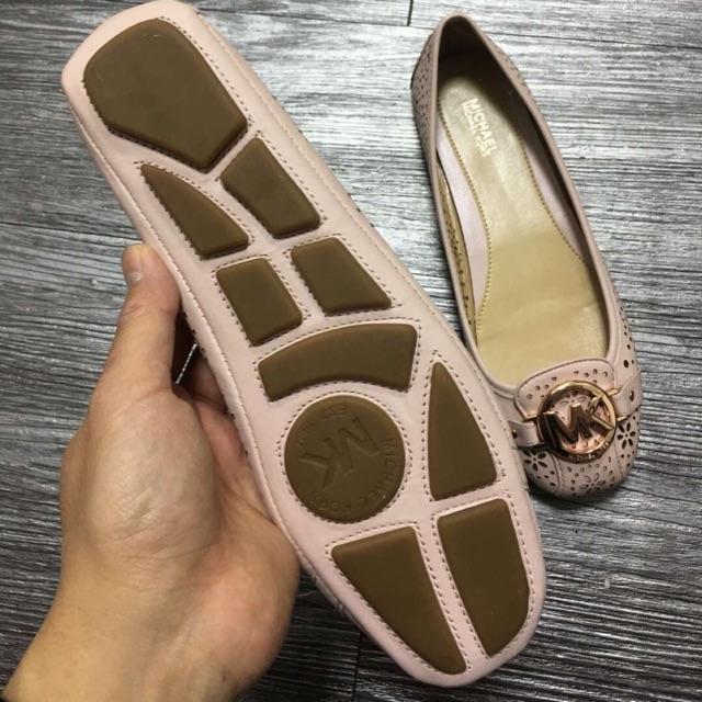 Giày bệt MK