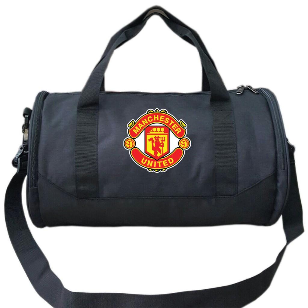 Túi du lịch thể thao logo Manchester United - 3385469 , 828583670 , 322_828583670 , 250000 , Tui-du-lich-the-thao-logo-Manchester-United-322_828583670 , shopee.vn , Túi du lịch thể thao logo Manchester United