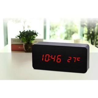 Đồng hồ để bàn Led giả gỗ sang chảnh, thanh lịch