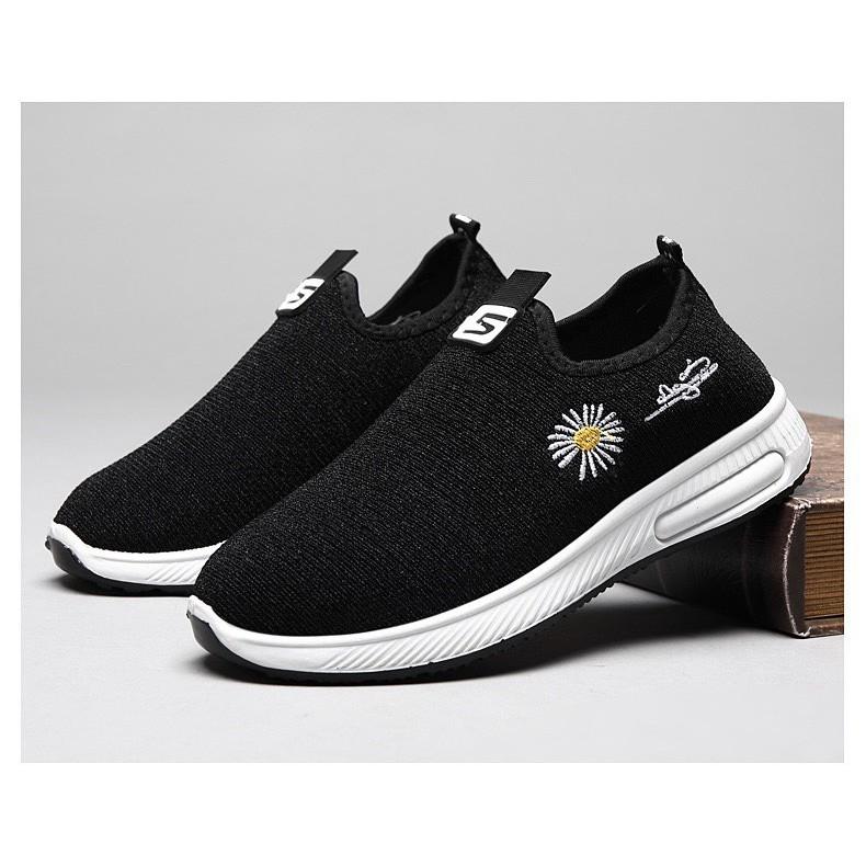 Giày lười vải nữ đi bộ hoa cúc - giày lười đi bộ tập thể dục thoáng khí êm chân dễ đi